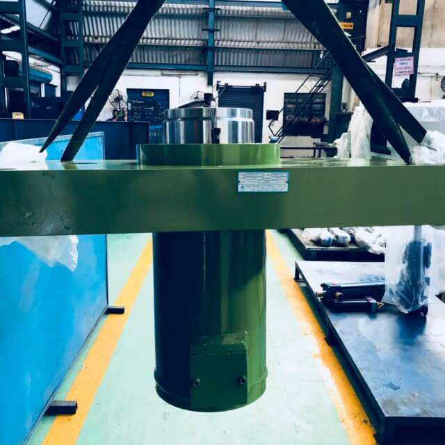 Tyre Compression Press Cylinder
